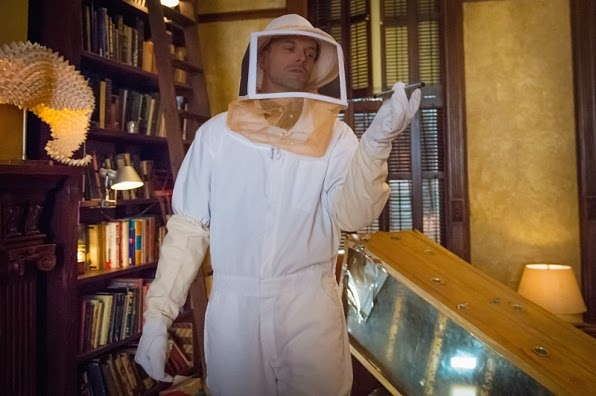 Sherlock Holmes wearing beekeeping suit outfit Elementary Season 3 Episode 20 A Stitch in Time