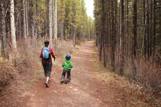 Kids on Wheels - An Introduction to Bike-Hiking - AND a Giveaway from Alberta Balance Bikes!