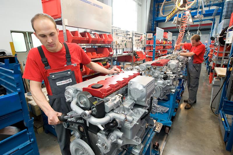 E Enplo Steyr Motors ένα νέο και λαμπρό μέλλον A New And Bright