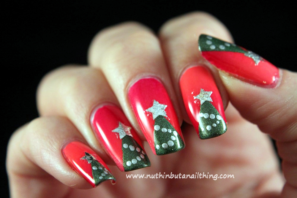 nuthin\' but a nail thing: Christmas tree nail art
