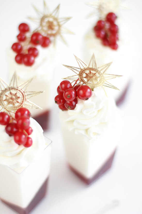 ... White Marshmallow Mousse and Red Currant Verrines | Pinnutty.com
