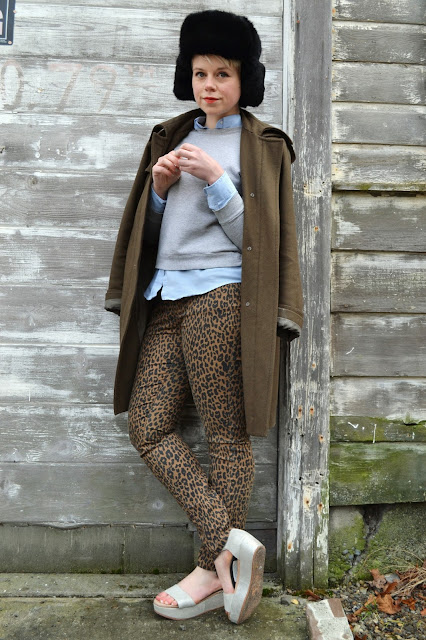 winter, fashion, red lipstick, fur hat, leopard print, forever 21, catie beatty, fleur d'elise