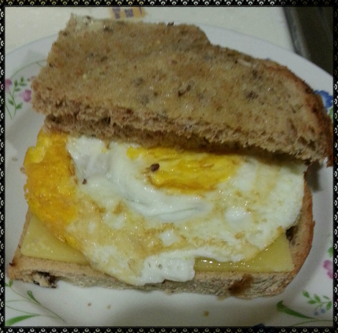 how to make a fried egg sandwich with cheese