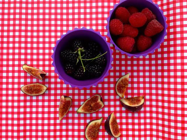 Nem creme brulee med lækre bær - mit livs kogebog