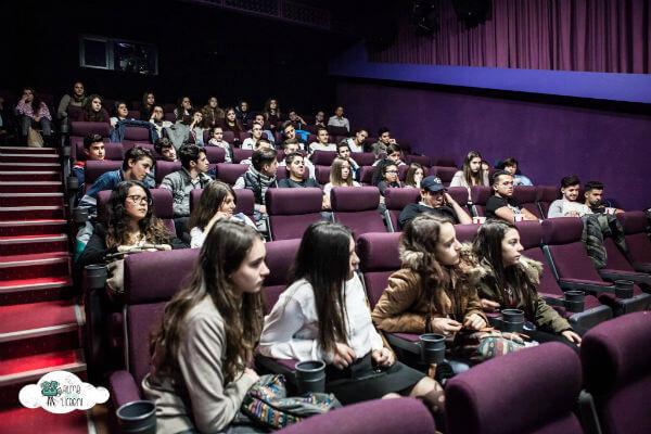 filme pentru liceeni 2015 macondo 01