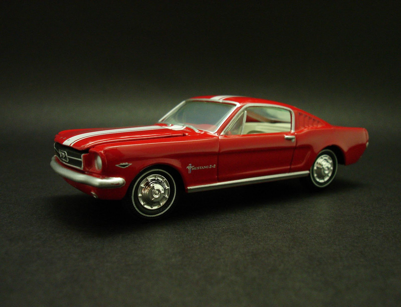 Diecast Hobbist 1965 Ford Mustang 2 2 Fastback