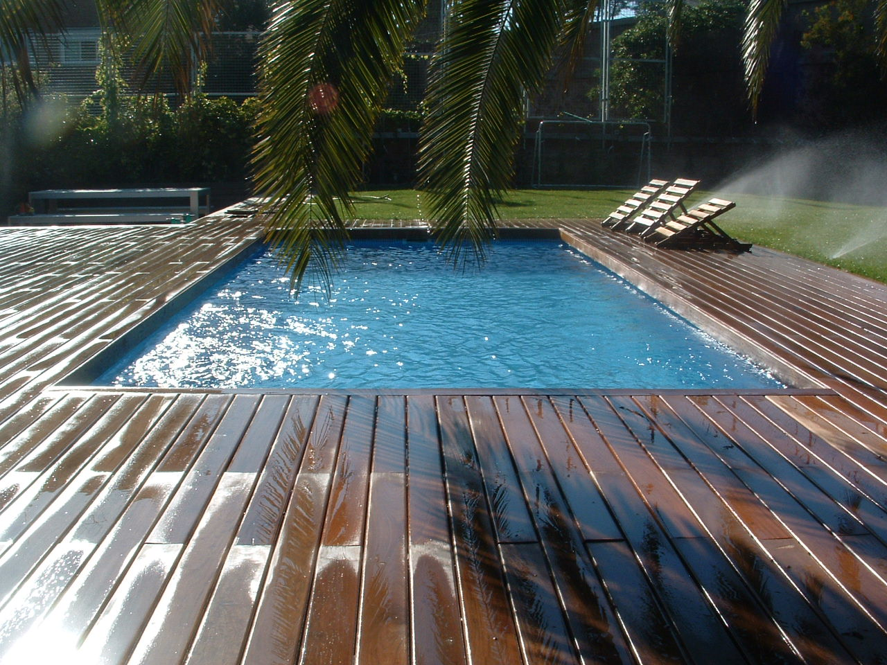 Jl padial cerrajer a de dise o estructuras exteriores y for Estructura para piscina