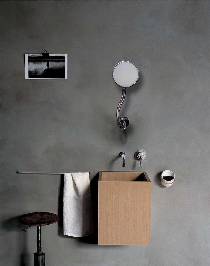 revestimiento de baños con microcemento -lavabo madera minimalista