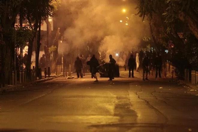Τι συμβαίνει στην Αθήνα; Από τους 14 συλληφθέντες για τα επεισόδια μόνο 3 είναι Έλληνες!