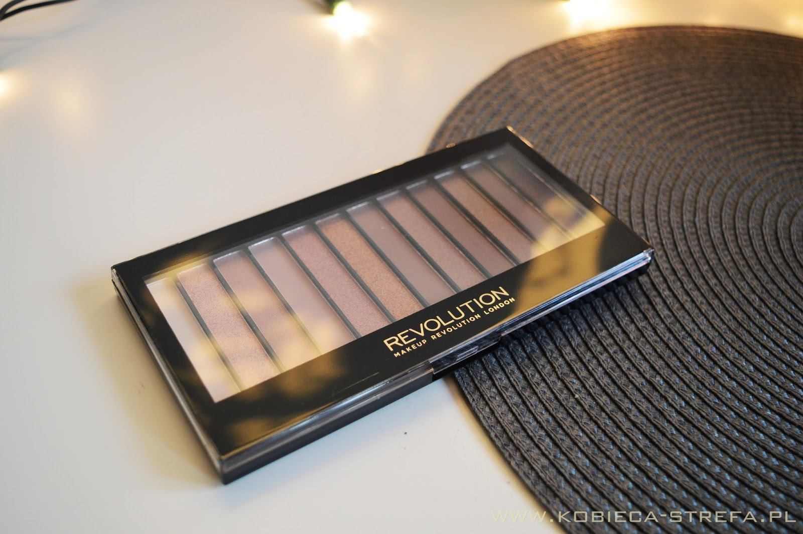 Paleta Iconic 3 od Makeup Revolution