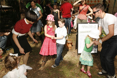 Fifties fair dancing