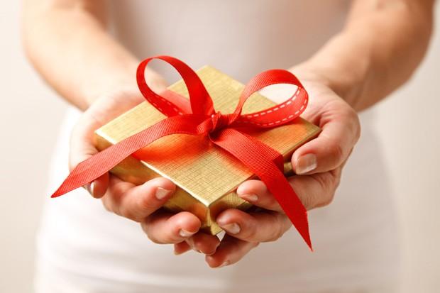 Дарение подарка картинка 10