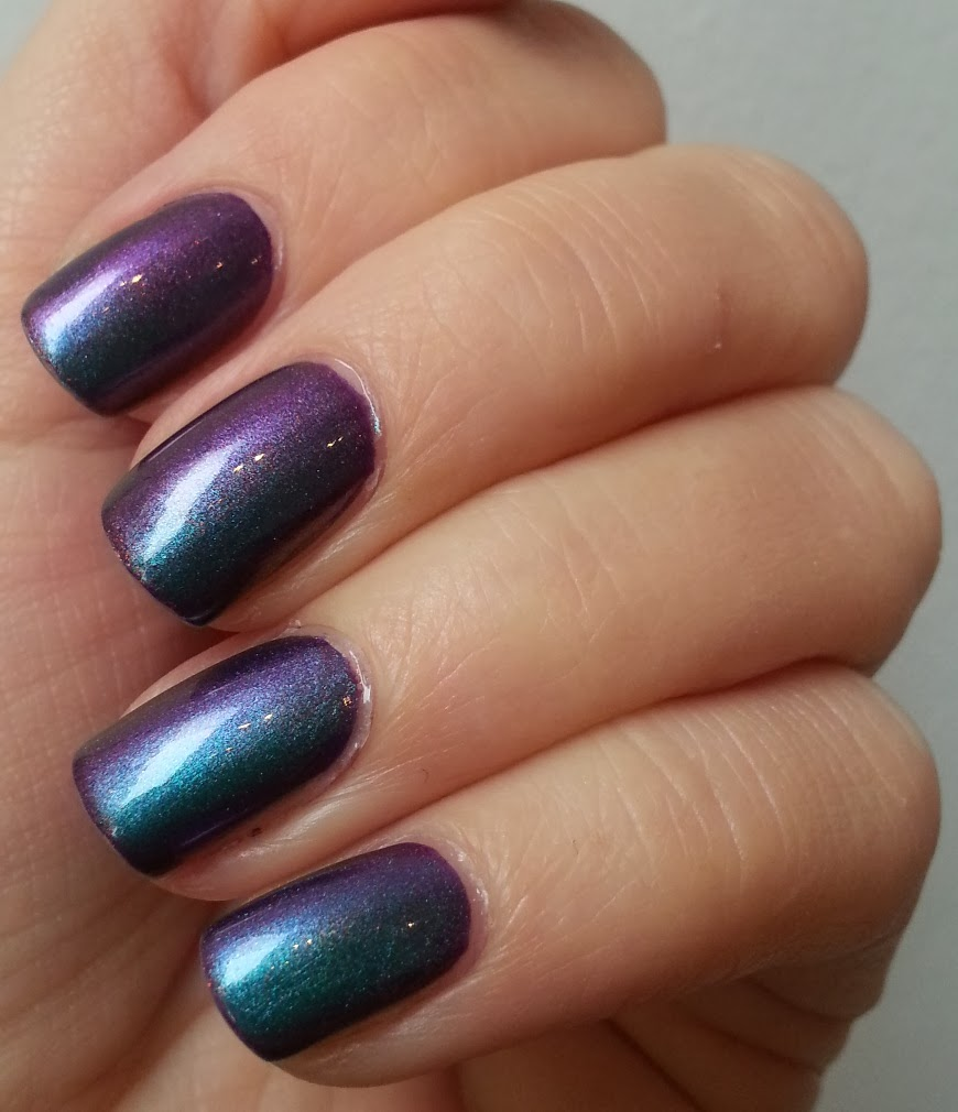 Pie S Eyes Other Sparkly Stories Sally Hansen Nail Prisms Turquoise Opal