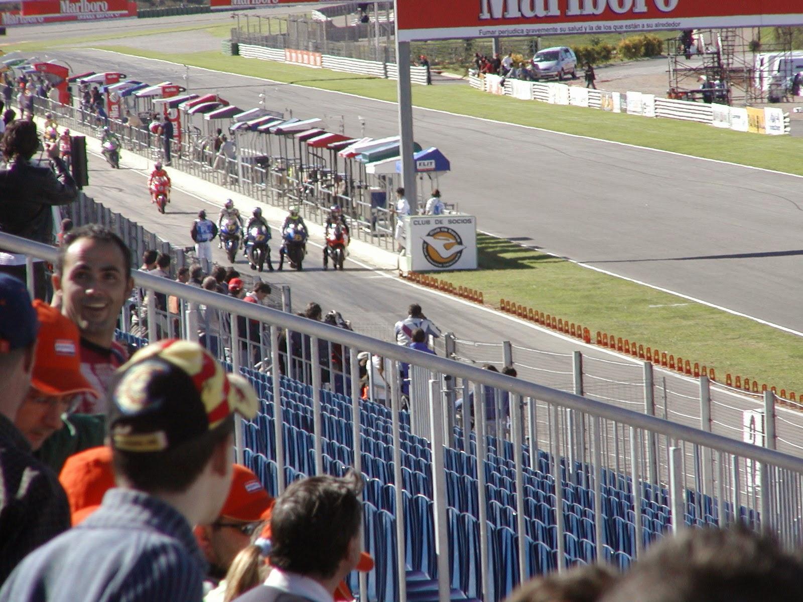 salida de entrenamientos de motogp en cheste