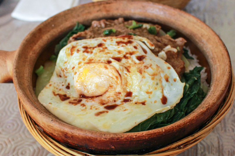 Beef mince and fried egg clay pot rice at Norman's Kitchen | Svelte Salivations