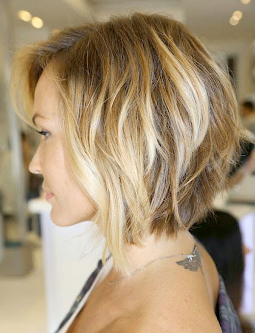 Short Inverted Bob Hairstyles for Wavy Hair