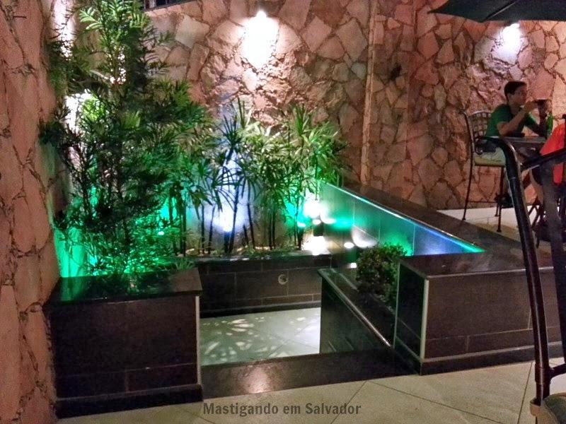 Pizzaria Casa de Pedra: Ambiente externo
