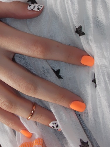 Beauté blog blogueuse psychosexy tendance summer 2013 vernis nail art china glaze sun of a peach nailstorming 2