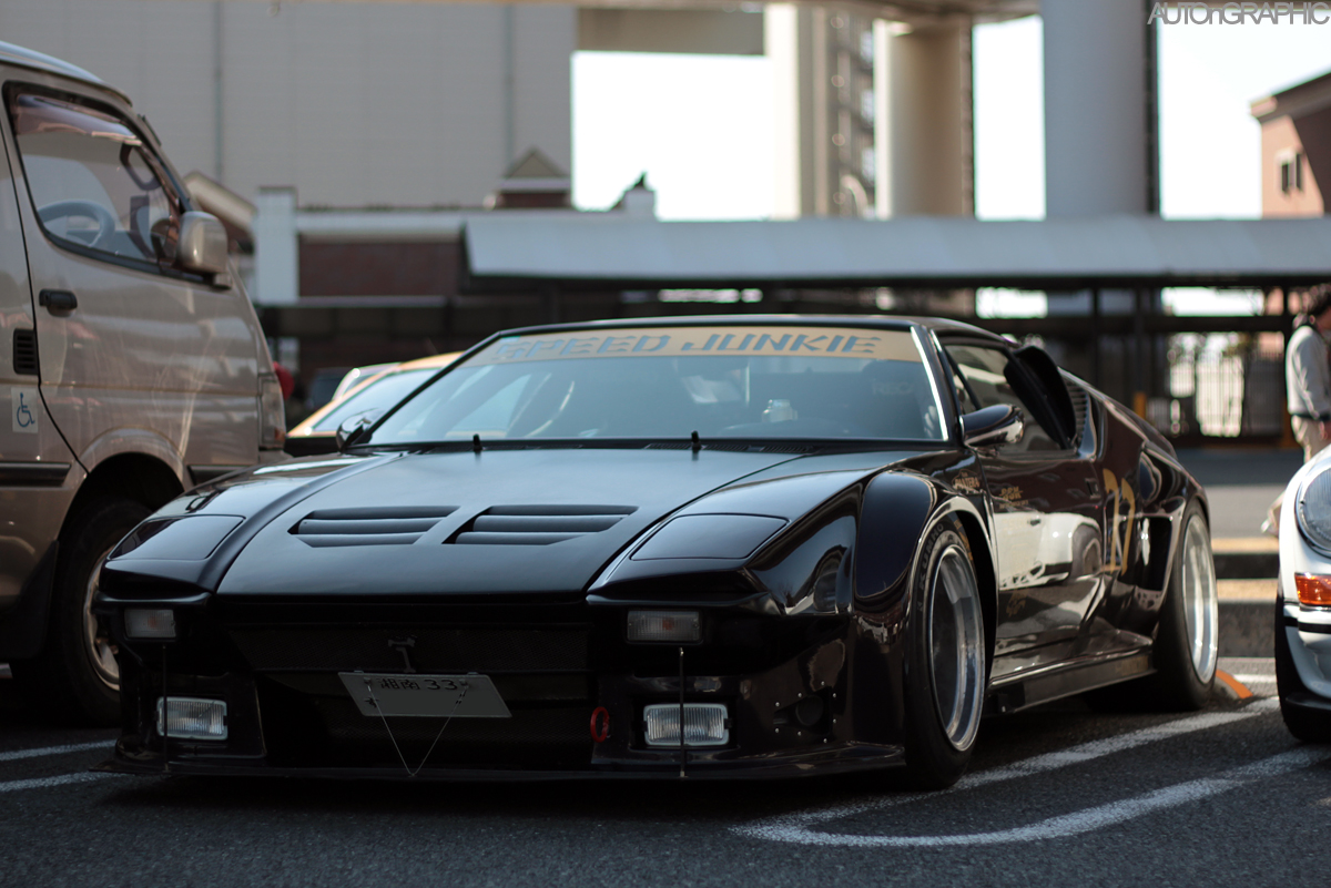 Mobil yang terparkir di Daikoku