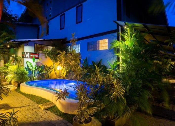10 HOTEL MURAH DI SEMINYAK BALI HANYA 100 RIBUAN