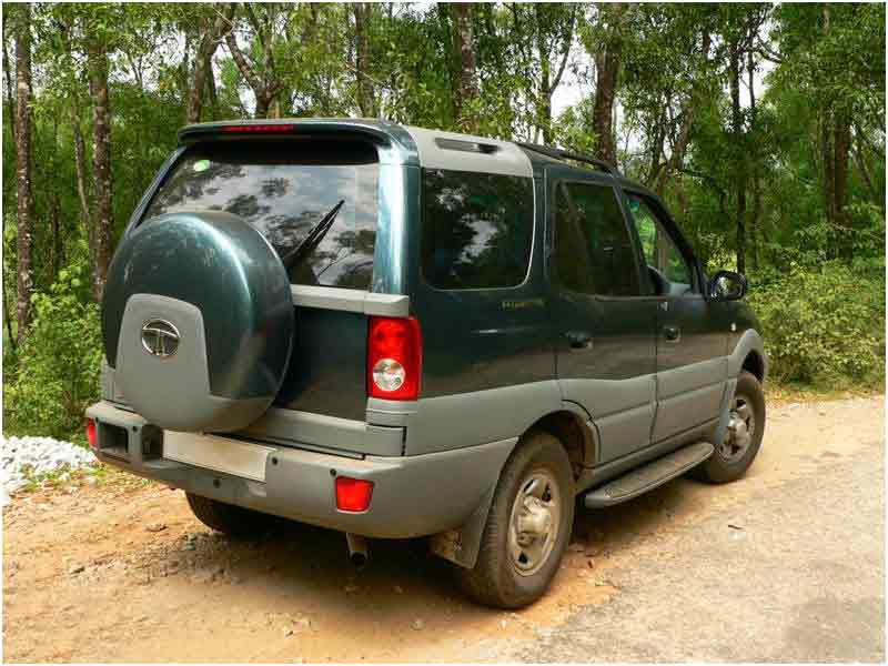 Tata Safari (2010) Price, Specs, Review, Pics & Mileage in