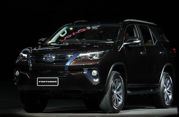 Peluncuran Toyota Fortuner Terbaru 2015 - 004