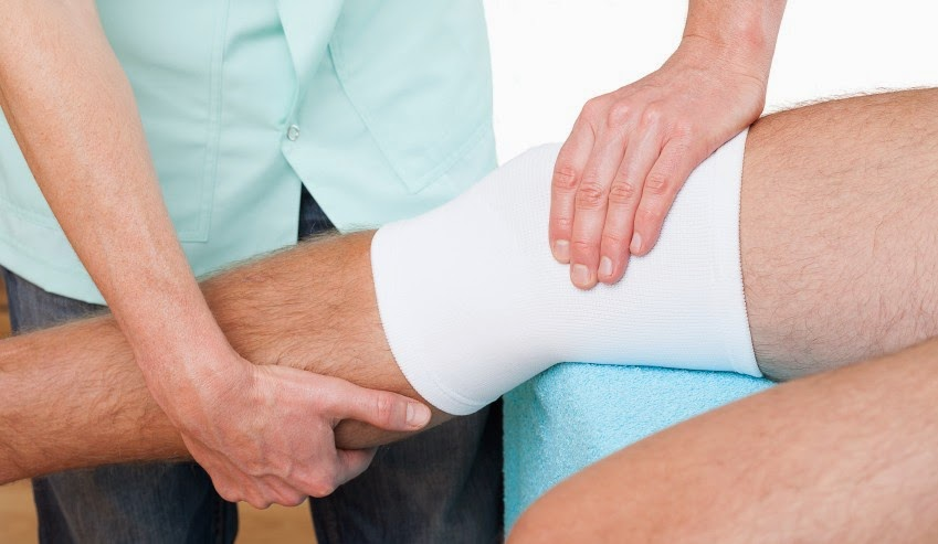 Pain Behind Knee: Causes, Symptoms, Treatment, Home Remedies