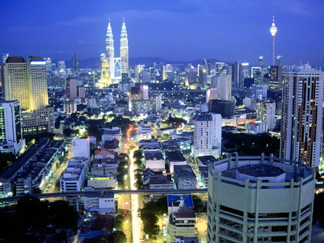 Malaysian Peoples and Buildings Seen On www.coolpicturegallery.us