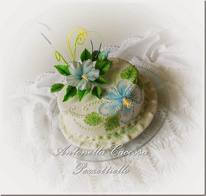 http://www.letortedipezzettiello.com/2014/02/brush-embroidery-colorata-ed-hibiscus.html