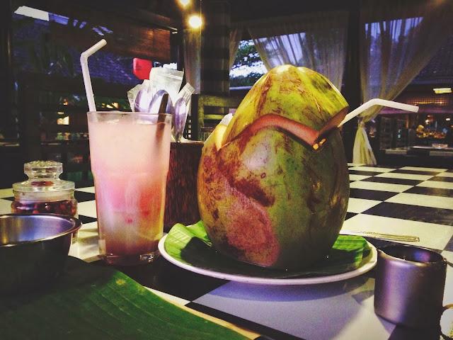 Ikan Bakar Jimbaran- ice coconut with soda