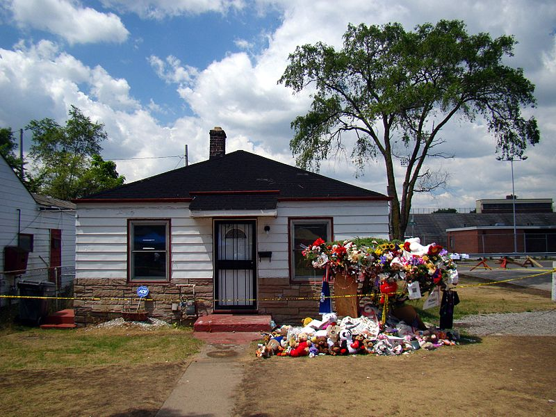 Jackson s childhood home in gary indiana showing floral tributes