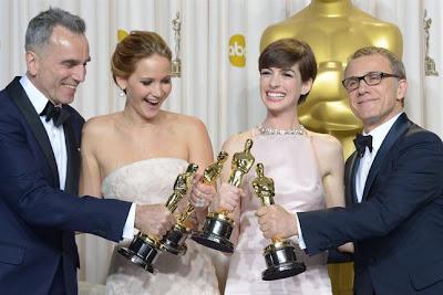 Imagen de los cuatro ganadores por su interpretación en la gala de los Oscar 2013