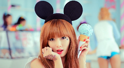 Hyuna Mickey Mouse ears Ice Cream