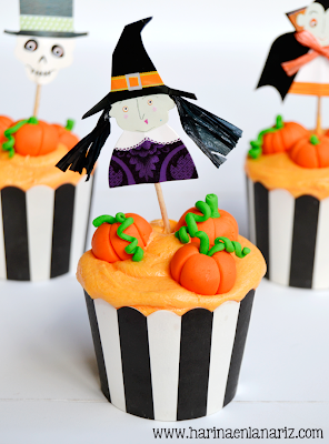 cupcake de calabaza con bruja