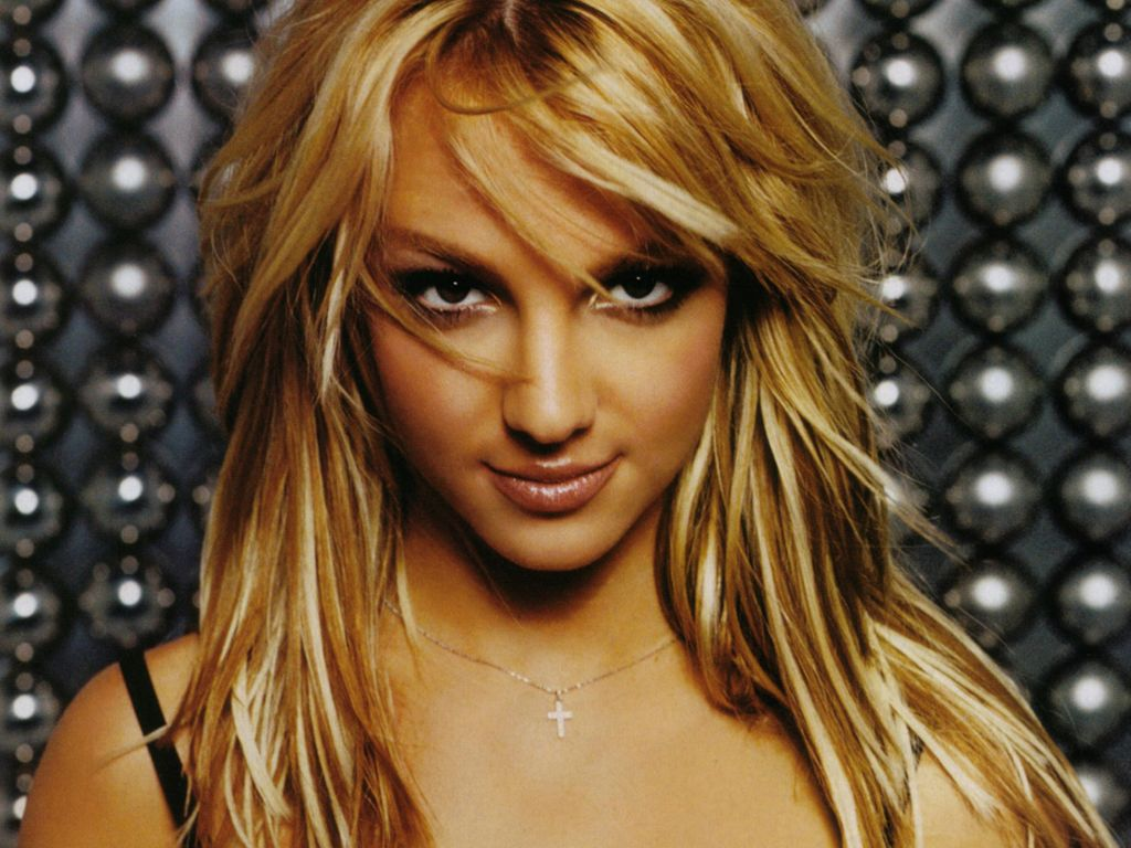 http://4.bp.blogspot.com/-FeeBskyGvrk/TznBd4mMSmI/AAAAAAAAD3g/5aSAanWKwnw/s1600/Beautiful-Britney-Spears-Wallpapers-5.jpg