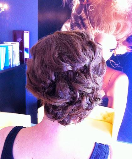 fryzura ślubna 83