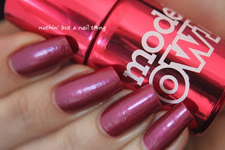 Models Own Liquid Metal Effect Red