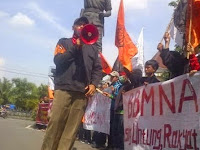Mahasiswa Solo Demo, Tuding Jokowi Antek Asing