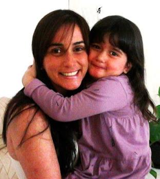 Minha filha Ana Fátima e sua filha Brisa