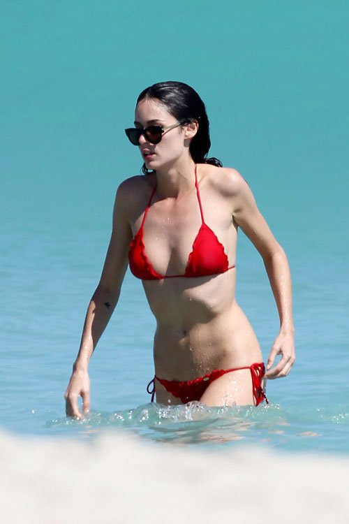 Nicole Trunfio, Nicole Trunfio photos, Nicole Trunfio bikini, Nicole Trunfio model, Victoria's Secret, Miami, Miami Beach hotels, Travel to Miami luxury hotel, Travel to Miami tour