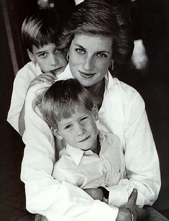 princess diana wedding pictures. diana wedding