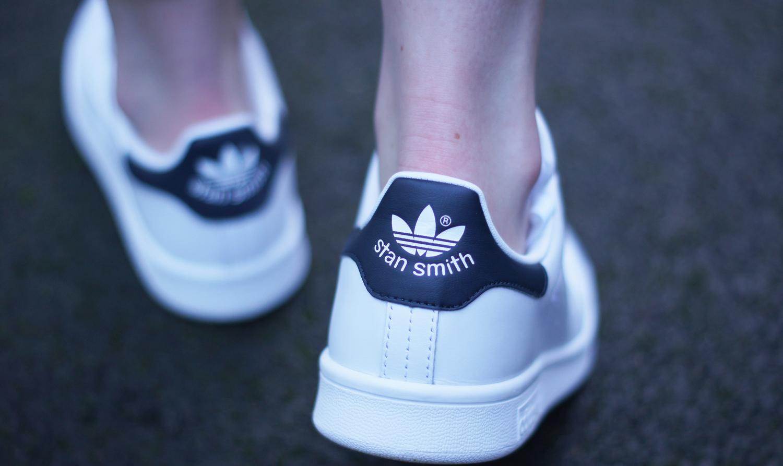 adidas indigo classic stan smith trainers