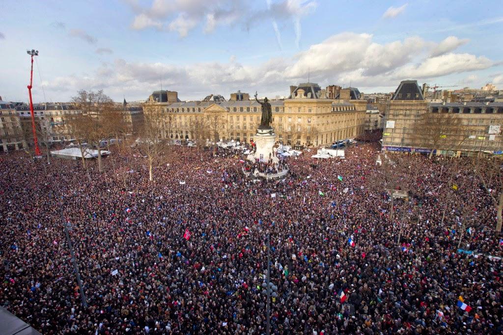 Párizs, szolidaritás, Charlie Hebdo, franciaországi terrortámadás, párizsi vérengzés,