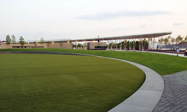 04-Hunters-Point-South-Waterfront-Park-by-Thomas-Balsley-Associates-and-Weiss/Manfredi