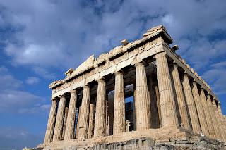 Arquitectura griega antigua. El Partenon en Atenas. La Acropolis de Atenas en Grecia