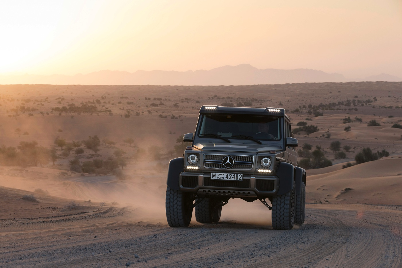 price of mercedes g wagon 6x6 cars life cars fashion. Black Bedroom Furniture Sets. Home Design Ideas