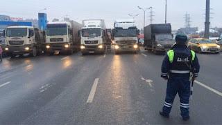 Яценюк сообщил о сокращении количества чиновников  в 2015 г. на 20% - Цензор.НЕТ 259