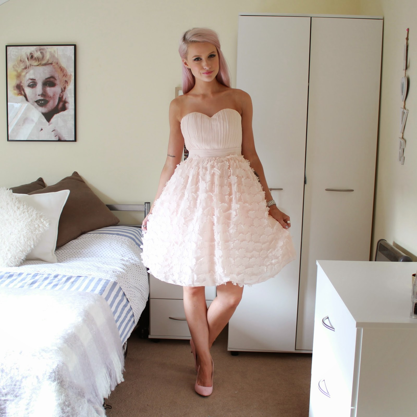 the prettiest dress in the world inthefrow