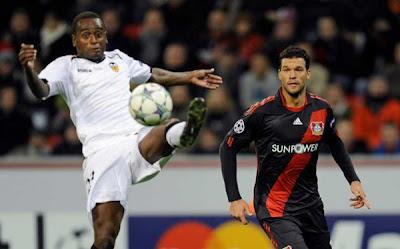 Bayer Leverkusen 2 - 1 Valencia (3)