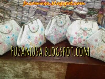 http://fuzamusa.blogspot.com/2014/03/telekung-travel-telekung-mata-dewa.html